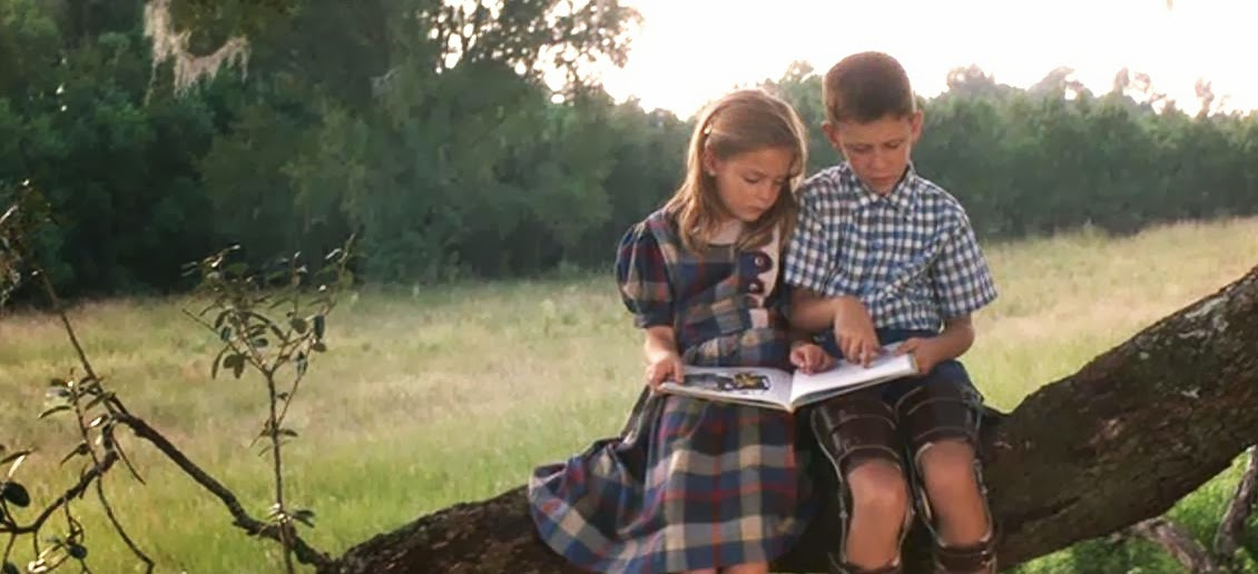 forrest gump and social psychology This movie portrays the life of forrest gump (tom hanks) a simple man from greenbow, alabama in the usa the movie starts with forrest sitting at a bus stop and telling passers by the story of his life.