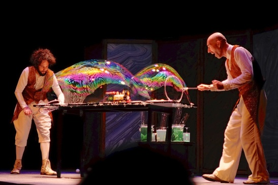bubble magic show 1-train