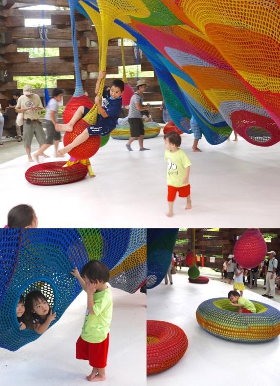 lucas enjoying net playground-HAKONE